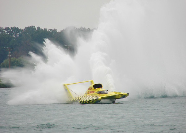 Miss Beacon Plumbing at the 2008 Detroit Gold Cup Hydroplane Races; members of Detroit Power Squadron and District 9 work on the race.